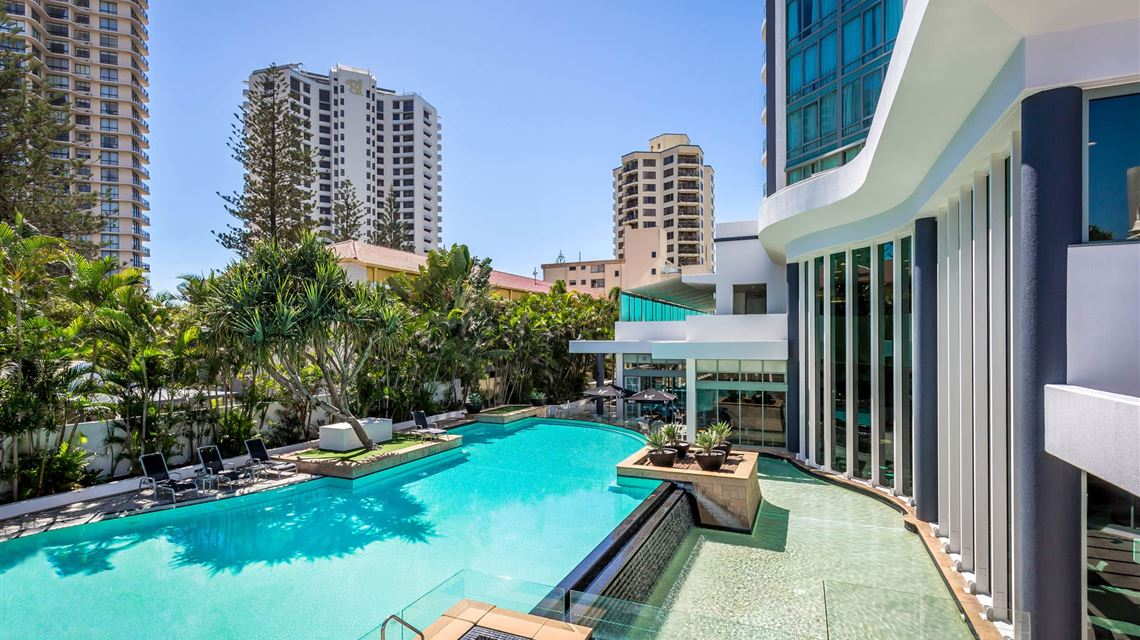 Mantra Legends Hotel, Gold Coast Hotel Accommodation Surfers